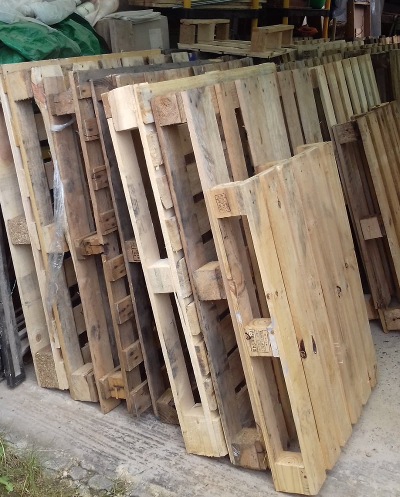 lots of pallets to be broken down