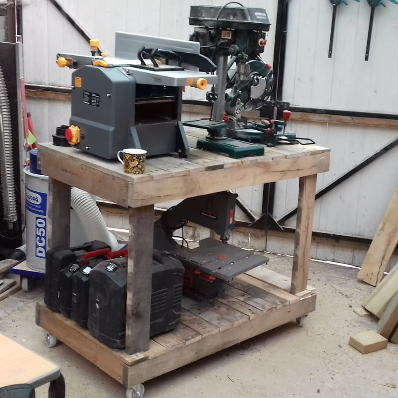 A workbench for my static power tools