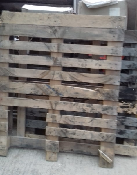 Unloved Wood Shipping Pallets can become Beautiful Stuff